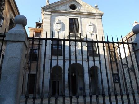 Visita a Belenes de Madrid con familias y niños por la Fundación Maior en Navidad 2011