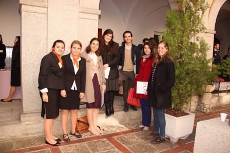 Foto de asistentes al Encuentro Fe Cristiana y Servicio al Mundo 2014 (formación en teología para laicos) sobre el Libro El Complejo Antirromano de Hans Urs von Balthasar