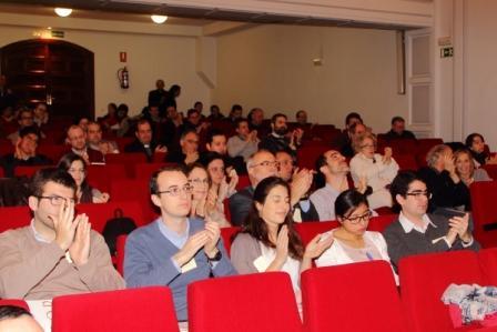 """Foto del público en el XI Encuentro FCSM, en marzo de 2016, que trató sobre el Libro """"La Confesión"""" de Adrienne von Speyr"""
