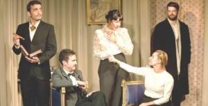 """Escena de """"Casa de Muñecas"""", de Ibsen, representada por Teatro Karpas"""