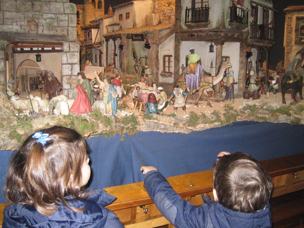 Foto de la Visita a los Belenes de Madrid, que hizo la Fundación Maior en diciembre 2015