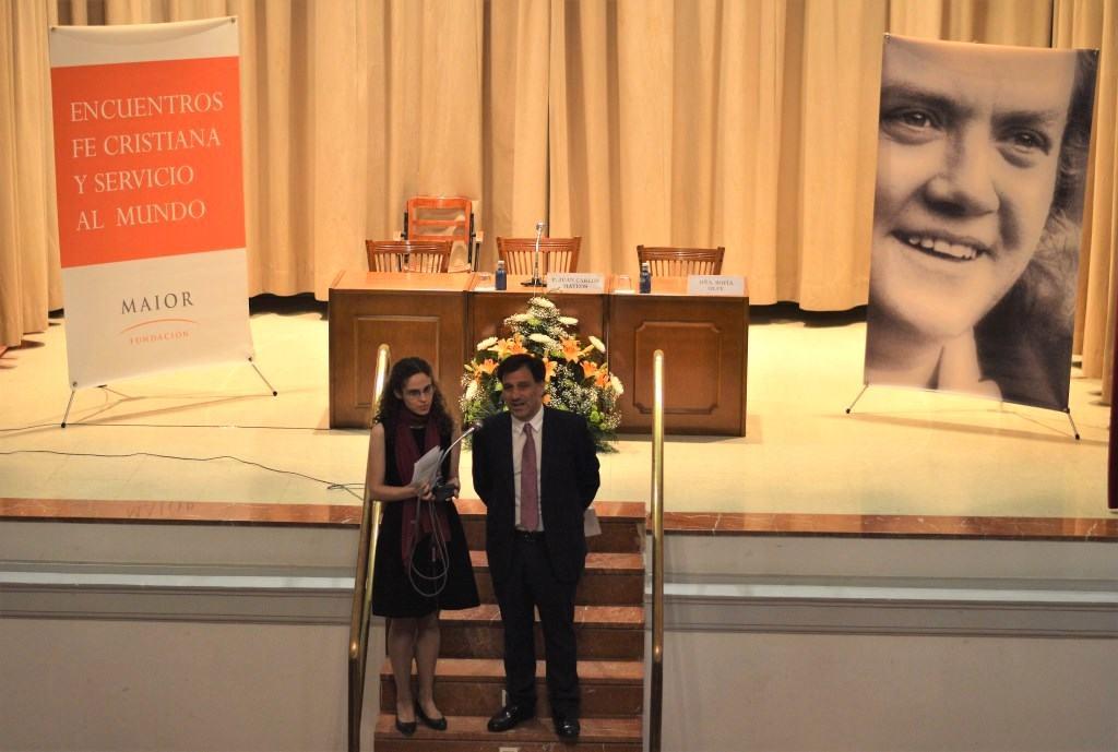 """Foto de los presentadores en el XII Encuentro FCSM, en marzo de 2017, que trató sobre el Libro """"Quién es cristiano"""" de Hans Urs von Balthasar"""