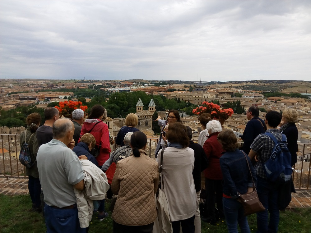 Foto de grupo en Visita Cultural a Toledo e Illescas (terraza de los carmelitas)